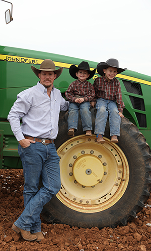 Justin Hannsz and sons
